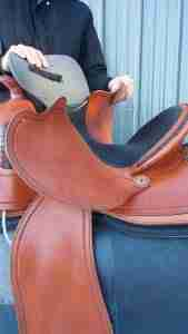 How to Fit a Western Saddle to a Rider